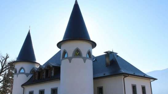 Evénements privés et professionnels au Château de Tresserve - Vue extérieure du chateau